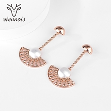Picture of Nickel Free Gold Plated White Dangle Earrings with Easy Return