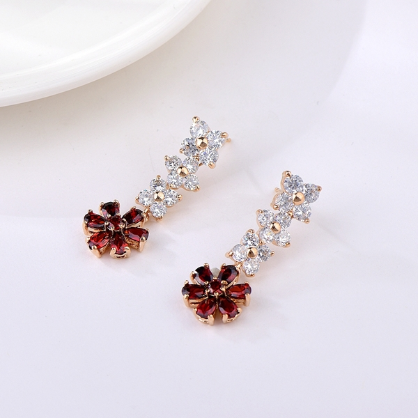 Picture of Beautiful Cubic Zirconia Classic Dangle Earrings